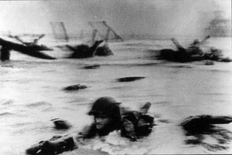 omaha beach_1944_cropped